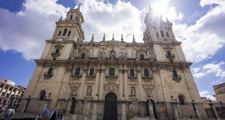 Foto de la portada de la Catedral de Jaén